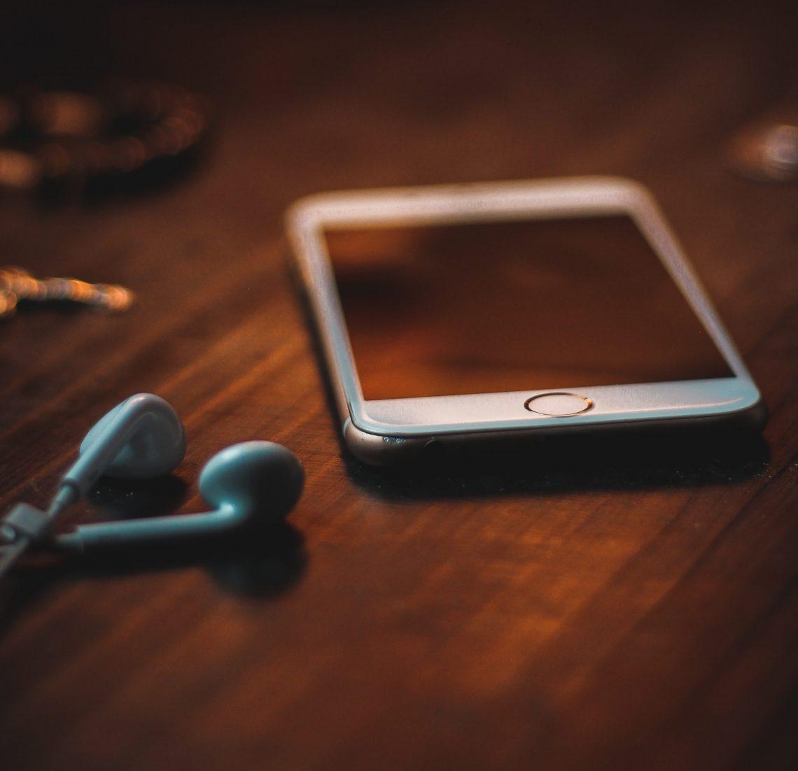 telefonen er ikke et legetøj, hvorfor den ikke bør leges med